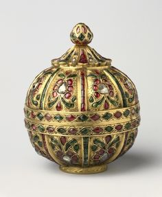 Globular-Shaped Box Decorated with Gems  India, Mughal dynasty (1526-1756)    Date: 18th Century
