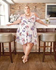 plus size blouses for women plus size overalls distressed . Are you curious about Plus Size Clothing In Fashion, CLICK VISIT LINK ABOVE! Plus Size Girls, Curvy Plus Size, Plus Size Women, Vestidos Plus Size, Plus Size Dresses, Plus Size Outfits, Curvy Women Fashion, Womens Fashion, Looks Plus Size