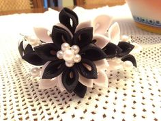 Black & white headband beads pearls by 3BusyBirds on Etsy, $18.00