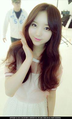 Image about jiyeon in Lovelyz 💕 by Faye Nguyen Seo Jisoo, Lovelyz Kei, Lee Soo, Another Man, Seokjin, Pretty People, Girl Group, Image, Ballerina