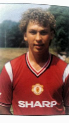 David Platt at Manchester United Retro Football, Football Fans, Football Players, Manchester United Images, Manchester United Players, David Platt, Sharon Jones, Football Pictures, Old Trafford