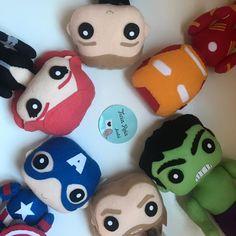 Apostila Digital dos Vingadores no Elo7 | Ateliê Ticia Reis (FCA288) Thor, Halloween, Yoshi, Diy, Fictional Characters, Black Widow, Felt Puppets, Avengers, Atelier