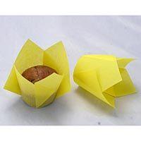 yellow-tulip-baking-cups-25-pkg-