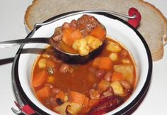 Hungarian Recipes, Goulash, Gazpacho, Chana Masala, Stew, Chili, Grilling, Beans, Food And Drink