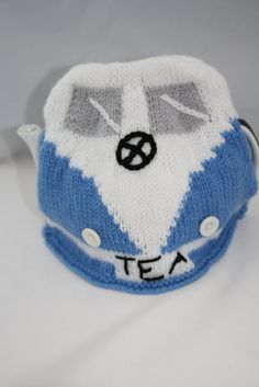 Campervan Tea Cosy Knitting Pattern : 1000+ images about Tea Cosies on Pinterest Tea Cosies, Tea Cozy and Knitted...
