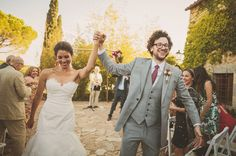 Summer Wedding in Spain: Kelly + Mikey captured by Ed Peers + second shooter Andreas Holm - via greenweddingshoes