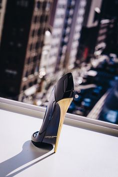 Good Girl by Carolina Herrera - Eau De Parfum Good Girl Perfume, Amazing Grace Perfume, Pink Perfume, Carolina Herrera Eau De Parfum, Anuncio Perfume, Fierce Women, Perfume Collection, Cool Girl, Stiletto Heels
