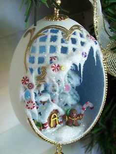 Gingerbread Christmas Ornament Candy Theme Duck Egg by EggShells Sugar Eggs For Easter, Easter Eggs, Egg Crafts, Christmas Crafts, July Crafts, Christmas Makes, Christmas Fun, Holiday, Egg Shell Art