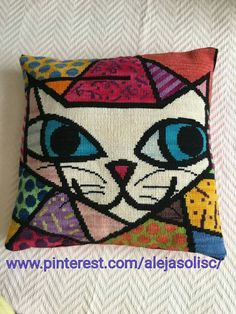 This Pin was discovered by Lyn Needlepoint Pillows, Needlepoint Patterns, Crochet Pillow, Tapestry Crochet, Cross Stitch Designs, Cross Stitch Patterns, Cross Stitching, Cross Stitch Embroidery, Cushion Embroidery