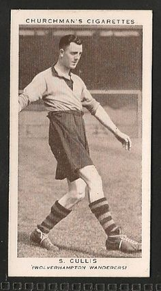Wolverhampton Wanderers - S Cullis - Football cards - Year 1939 - Association Footballers - 2nd Series football cards