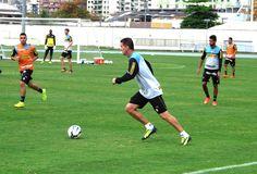 BotafogoDePrimeira: Botafogo faz rachão sem três titulares e com Manci...