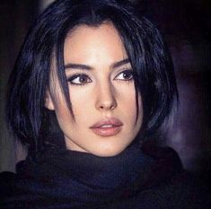 young monica bellucci at DuckDuckGo Malena Monica Bellucci, Monica Bellucci Young, Monica Bellucci Makeup, Beautiful Curves, Most Beautiful Women, Beautiful People, Beautiful Dream, Bond Girls, Actrices Hollywood