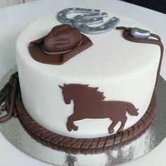Rustic Birthday Cake, Cowboy Birthday Cakes, Horse Birthday Parties, Birthday Cakes For Men, Cowboy Cupcakes, Cowgirl Cakes, Western Cakes, Creative Cake Decorating, Creative Cakes
