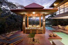 Presentamos las estupendas casas de diseño de Metropole Architects con influencia zen y veremos la importancia del agua como componente de la arquitectura.