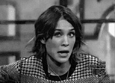 10 life lessons from the Queen of cool Alexa Chung http://blog.mallzee.com/alexa-chung-memes-gifs/