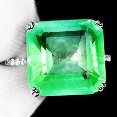 A Vintage 15.47CT Princess Cut Green Emerald Engagement Ring