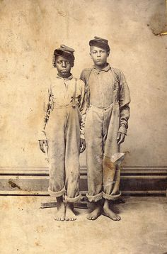 Rare Photograph of Two Unidentified Boys. Both seem to be wearing Civil War soldier kepis. Kentuckiana Digital Library, University of Kentucky, The Belle Brezing Photographic Collection. Black History Facts, Black History Month, Rare Photos, Vintage Photographs, We Are The World, In This World, Old Pictures, Old Photos, Civil War Photos