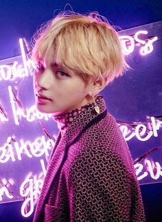 BTS | WINGS | V