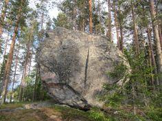 Jättiläisen kivessä voi hahmottaa ihmisen profiilia.