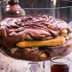Finger Desserts, No Bake Desserts, Delicious Desserts, Biscuit Pudding, Pudding Cake, Cream Biscuits, Tiramisu Recipe, Chocolate Mousse Cake, Delicious Chocolate
