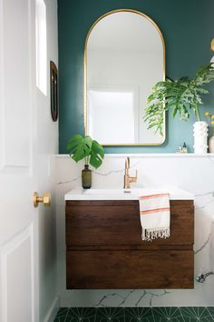 My Master Bathroom Update With Delta® Part 2 Reveal Green marble wall bathroom makeover - Marble Bathroom Dreams Bathroom Wall Decor, Bathroom Colors, Bathroom Interior Design, Modern Bathroom, Small Bathroom, Master Bathroom, Bathroom Green, Bathroom Mirrors, Green Marble Bathroom