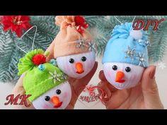 (5) ⛄ СНЕГОВИКИ из ЛЕНТ ⛄ Игрушка на ёлку/DIY Snowman - YouTube Easy Christmas Ornaments, Christmas Balls, Simple Christmas, Winter Christmas, Christmas Tree Decorations, Christmas Art Projects, Christmas Crafts, Diy Home Crafts, Easy Crafts