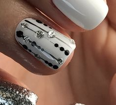 French Nail Designs, Gray Nails, Foil Nails, Fancy Nails, Nail Care, Classy, Hands, Enamels, Nail Ideas