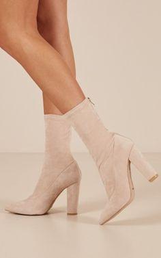 Billini - Octavia Boots in blush micro