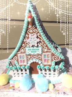 GINGERBREAD HOUSE~ICE CREAM SHOP HOUSE