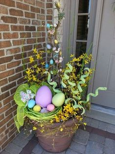 42 best easter front porch decor ideas hot glue jelly beans to tree branches for an adorable easter tree suggestion only Easter Tree, Easter Wreaths, Easter Projects, Easter Crafts, Easter Ideas, Diy Osterschmuck, Easy Diy, Simple Diy, Diy Ostern