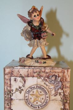 The Tooth Fairy figurine - Boyds The Wee Folkstones Faeries Flora Faeriepetals #ToothFairy