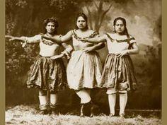"""SANDWICH ISLES HULA DANCERS"" VINTAGE HAWAIIAN ART - HAWAII PRINTS & POSTERS"