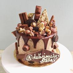 Chocoholics Cake