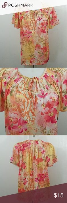 "Floral Print blouse Floral Print blouse. In great condition. Size medium.  Bust 46"" Length 25"" Haband Tops Blouses"