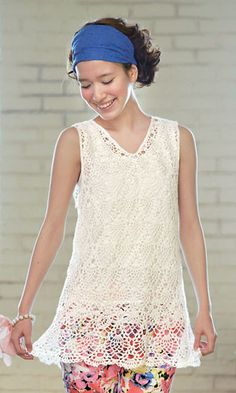 Crochet lace sleeveless shirt - free charted Japanese pattern. Link to pdf is under the first photo at the right side - it look like this: コチラ