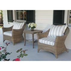 Kingsley-Bate: Elegant Outdoor Furniture. Cape Cod lounge chairs and side table.