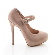 Love these ! one problem is I'd be taller than my hubby.. Second I would biff it hehe