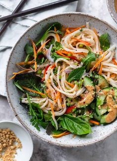 Fresh Summer Roll Rice Noodle Bowl: A healthy, fresh Vietnamese-inspired noodle bowl - deconstructed fresh summer roll salad with basil, mint and raw vegetables. Fresh Summer Roll Noodle Bowl More is Now Vegetarian Recipes, Cooking Recipes, Healthy Recipes, Vegan Vegetarian, Food Recipes Summer, Vegetarian Vietnamese, Paleo, Vegetarian Italian, Vietnamese Recipes