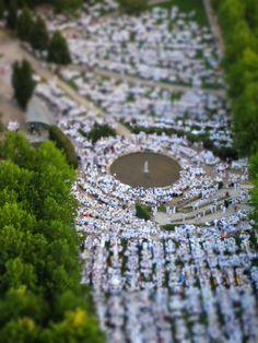 Vue aérienne du dîner en blanc 2012 - impressionnant et magnifique :-)