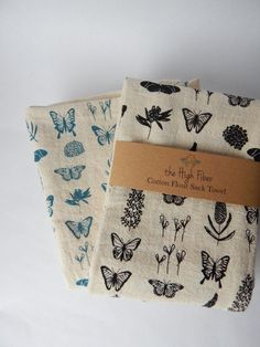 Butterfly Kitchen Towel, Hand Printed Dish Towel, Butterfly Floral Print, Handmade Kitchen Towels, Natural Cotton – Cute and Trend Towel Models Dish Towels, Hand Towels, Tea Towels, Fabric Stamping, Handmade Kitchens, Flour Sack Towels, Tampons, Linocut Prints, Fabric Painting