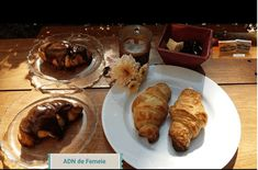 Croissant Irlandez Croissant, French Toast, Breakfast, Food, Morning Coffee, Essen, Crescent Roll, Meals, Crescent Rolls