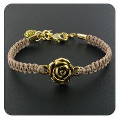 Macramé armband maken::Inspiratie::Kralenwinkel door Noor Create And Craft, Weaving Patterns, Friendship Bracelets, Taupe, Jewels, Beads, Paracord, Leather, Crafts