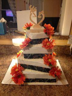 Wedding cake and Elegant