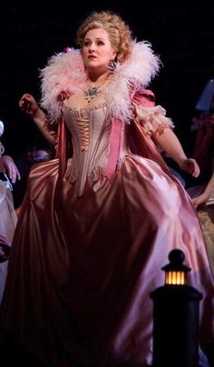 "Opera Fresh: Diana Damrau Looks Glorious Post-Pregnancy in Rossini ""Le Compte Ory"" Singer Costumes, Theatre Costumes, Costume Original, Paris Opera House, Classical Music, Classical Opera, Fairytale Fashion, Opera Singers, Ballet"