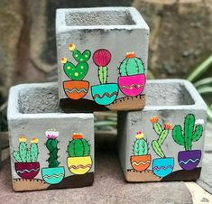 Flower Pot Art, Flower Pot Design, Flower Pot Crafts, Diy Home Crafts, Garden Crafts, Creative Crafts, Painted Plant Pots, Painted Flower Pots, Cement Art