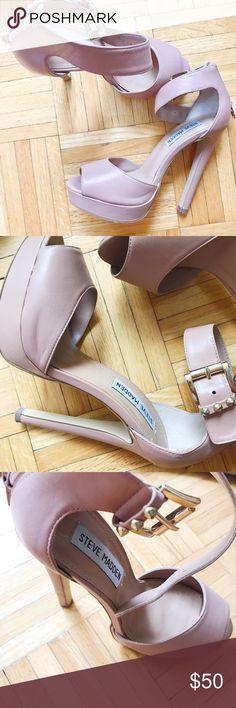 EUC Steve Madden tan platform heels. Size 6.5 EUC Steve Madden tan platform heels. Size 6.5. No flaws. Make me an offer! Also on merc. Steve Madden Shoes Heels