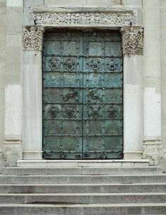 ROMANESQUE METALWORK 13TH CENTURY Odorisio da Benevento Cathedral Santa Maria in EpiscopioTroia:the & Medieval bronze doors at Benevento Cathedral Benevento Italy ... Pezcame.Com