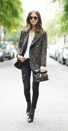 Fashion blogger Arielle of Something Navy wearing our J Brand Dee Zip Super…