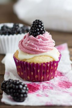 Blackberry White Chocolate Cupcakes
