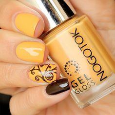 WOW    Like The Nail Stuffs?      #nailart #nailsticker #manicure